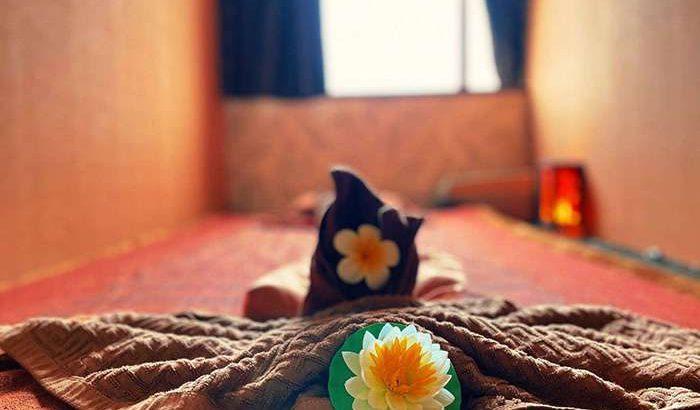 タイ古式マッサージ-イーサン